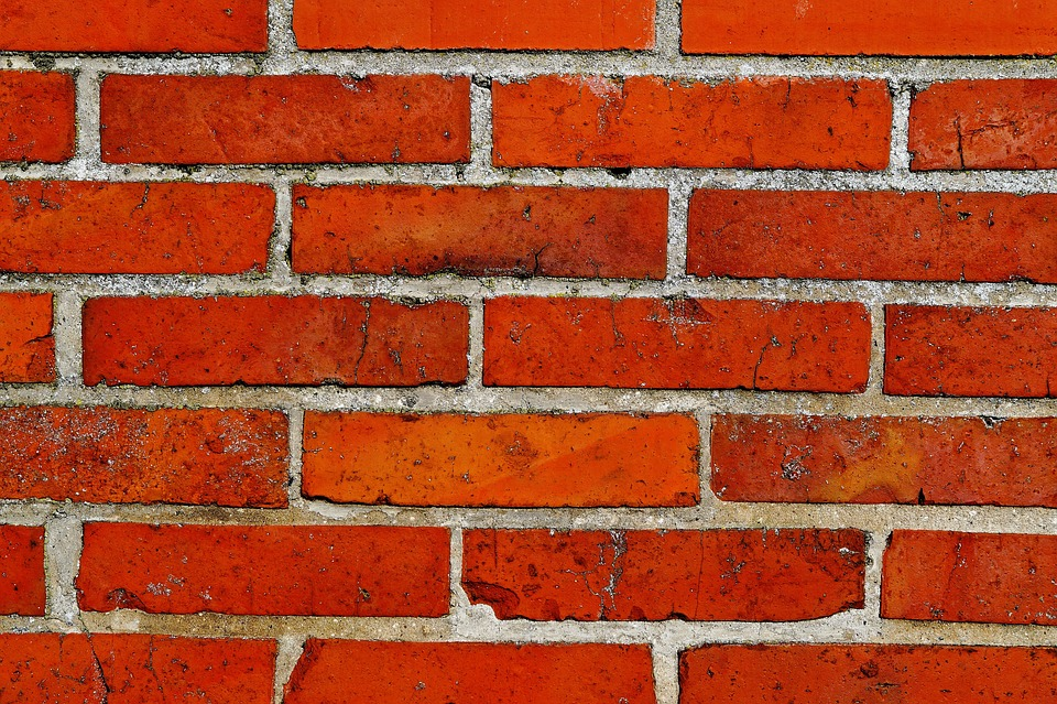 The Pros and Cons of Paywalls for Monetizing Online Content